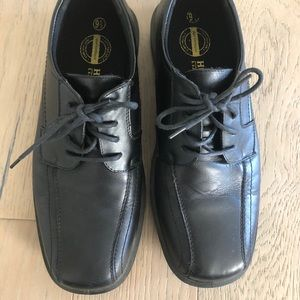 Hunters Bay - men's black leather shoes - size 9.5
